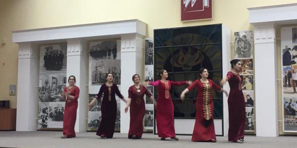 22 декабря 2017 г. ФИЯ продемонстрировал свой яркий «Колорит»