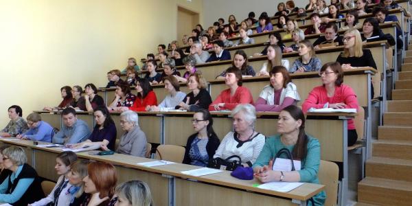 30 марта 2017 г. на ФИЯ прошел научно-методический семинар «Преподавание иностранных языков в современном мире».