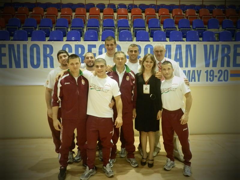 Зам. Декана Е.А. Соловьева со своими «подопечными» - сборной Венгрии